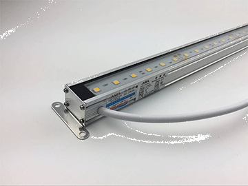 LED线条灯带有托架,可以根据您自己的应用需求自由调整角度